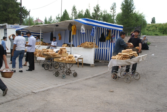 chorsu bazaar 12