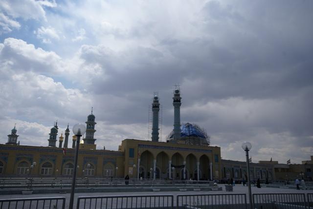 hazrat-e-masumeh qom shrine 2