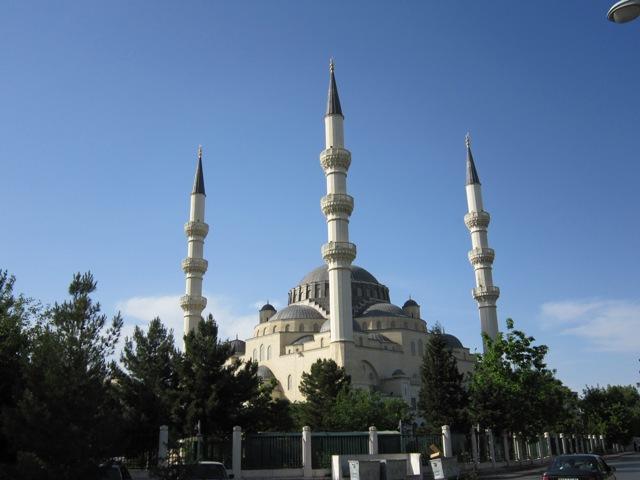 mesquita azadi  ashgabat 10