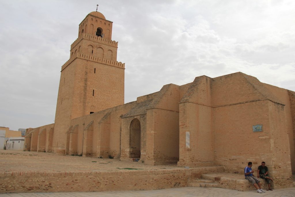 a mesquita de KAIROUAN , uma das mais importantes para o mundo islâmico