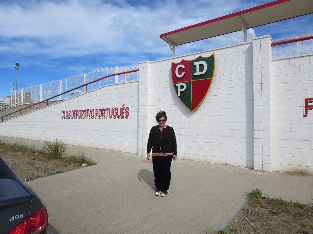 o expoente máximo da presença portuguesa em Comodoro Rivadavia , será certamente o CLUB DESPORTIVO PORTUGUÊS , no qual o sr. Manuel Miranda é vice-presidente.