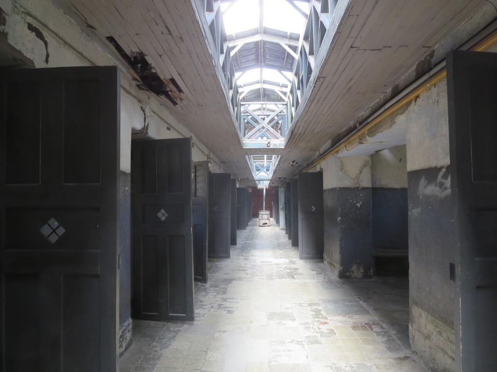 o complexo penitenciário é enorme e seria fastidioso apresentar mais fotos