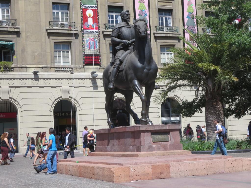 o fundador de SANTIAGO : PEDRO VALDÍVIA